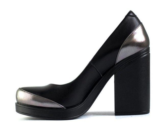 Модельные туфли G. U. E. R. O.