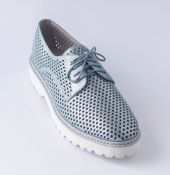 Туфли с перфорацией VERITAS