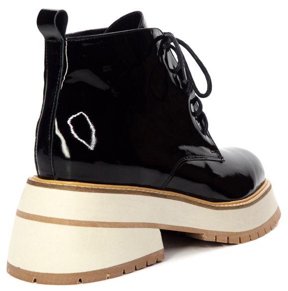 Лаковые ботинки LOTTINI
